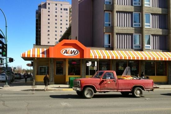 A&W Restaurant: Entrance on Franklin Ave. opposite the Post Office