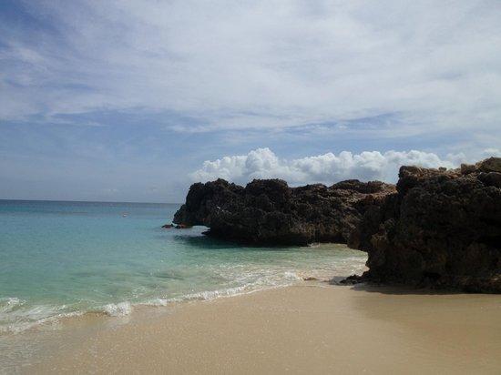 Four Seasons Resort and Residences Anguilla: Smaller Beach Near Aleta Pool