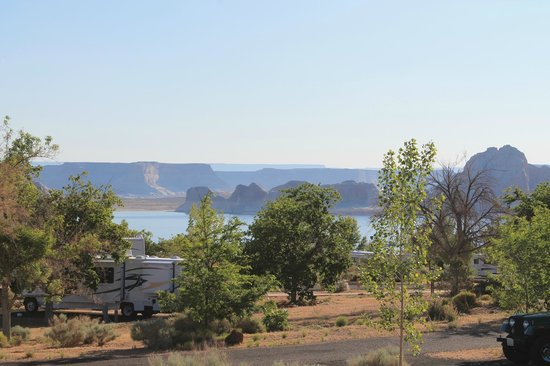 Wahweap Campground: View of the lake