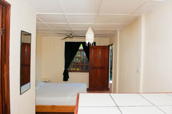 Beds on Bohio: Private Room