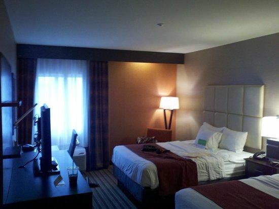 La Quinta Inn & Suites Harrisburg Hershey : Room view