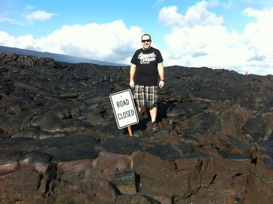 Hawaii Volcanoes National Park: Road is closed..lol