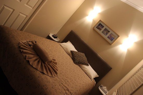 Sunset Beach Holiday Park: Bed