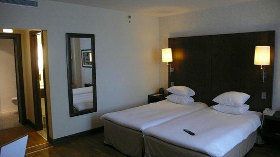 Hilton Brussels City: Habitación