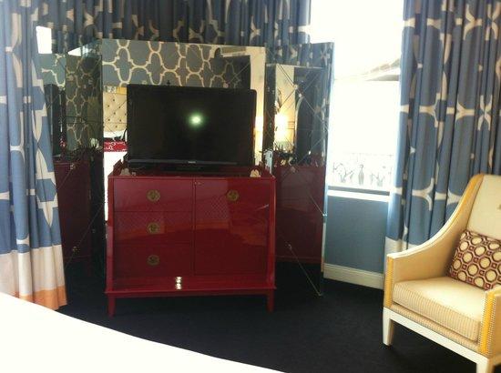 Kimpton Hotel Monaco Philadelphia: corner king