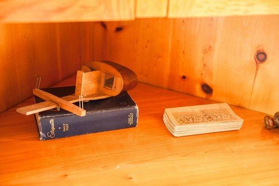 Baddeck Riverside Bed & Breakfast : 3D Glasses