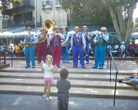 Barber Shop In Anaheim : BARBER SHOP QUARTET plays near the RIVER BOAT RIDE..... - Picture of ...