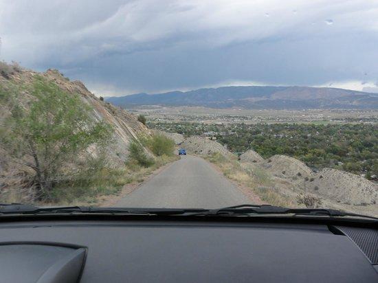 Skyline Drive: Narrow road
