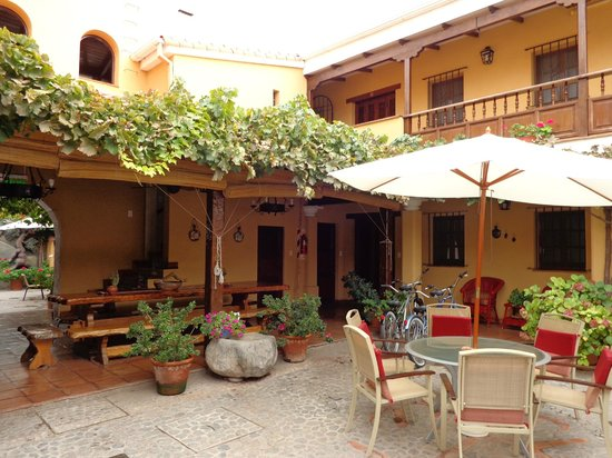 Villa Vicuna: Patio central