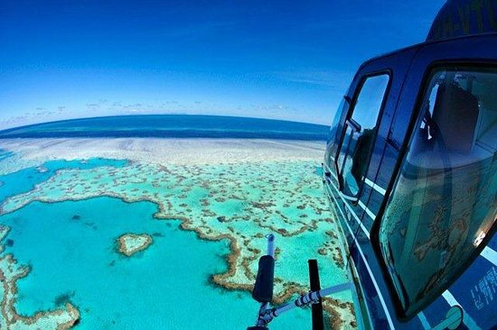 HeliReef Whitsunday Day Tours: Fly to the Heart!