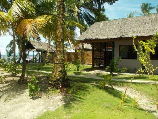 Eddie's Beach Resort Siargao : Hotelgelände