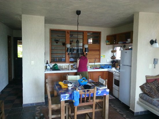 Sin Duda Villas: Kitchen in Ballando