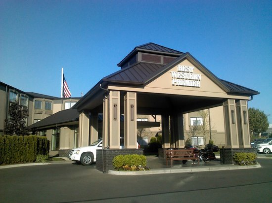 BEST WESTERN PREMIER Plaza Hotel & Conference Center : THE HOTEL