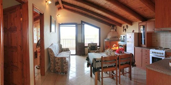 Arazzo Apartments & Studios: Furnished self-catering Studios and Apartments