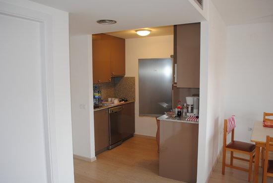 Apartamentos Pineda Park: Кухня