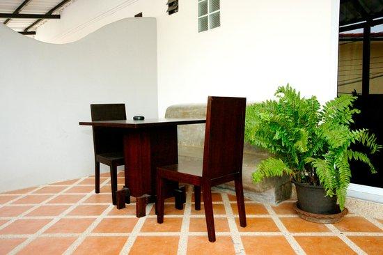 Cafe Del Sol Guesthouse: terrace