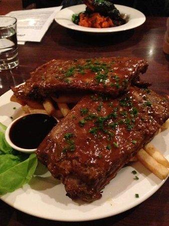 Charley Farley's: BBQ pork