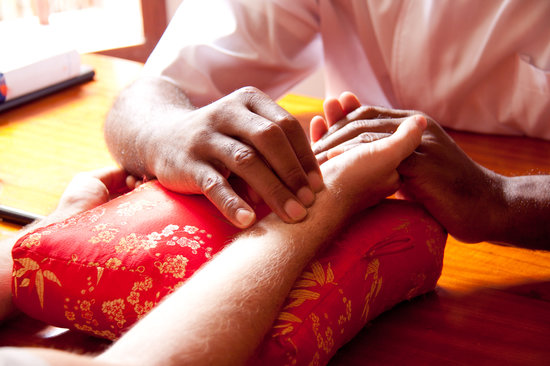 Essence of Health: Diagnosis by Chinese pulse