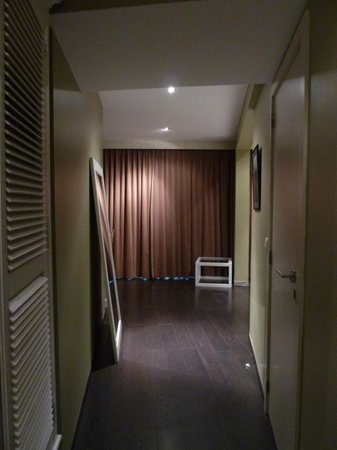 Aparthotel Brussels Midi: interno camera