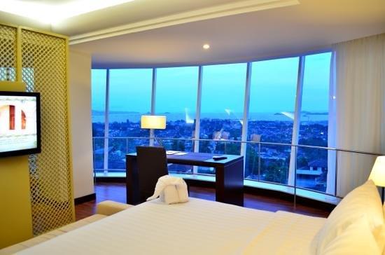 Emersia Hotel & Resort: Ocean Suite View