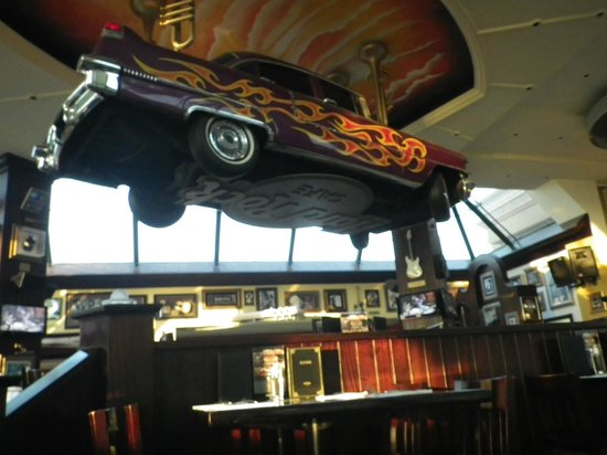 Hard Rock Cafe: ceiling center piece