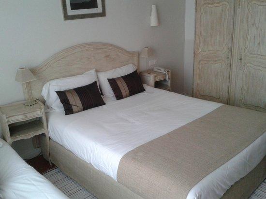 BEST WESTERN PLUS La Corniche: chambre