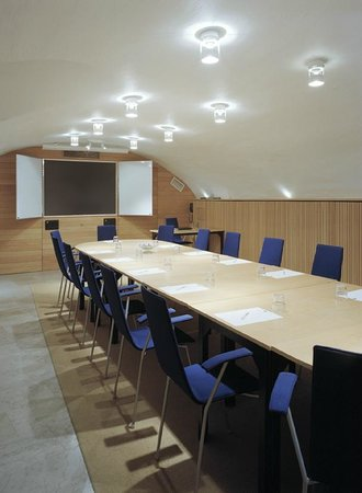 سكانديك جاملا ستان: Meeting room