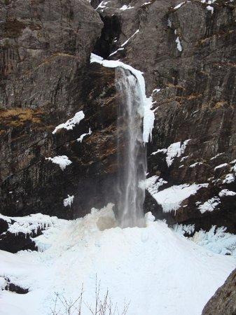 Manafossen Falls and Man Farm: Manafossen Falls