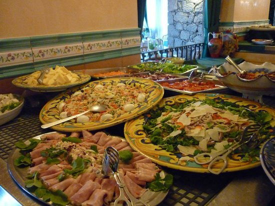 Parc Hotel Ariston & Palazzo Santa Caterina: Buffet Dinner