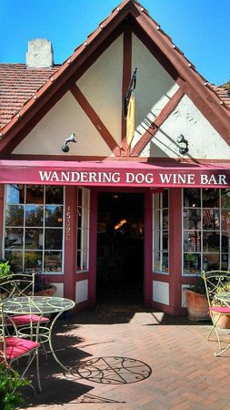 ‪Wandering Dog Wine Bar‬