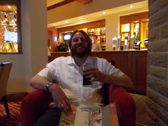 Premier Inn Oxford South (Didcot) Hotel: Waiting for Dinner