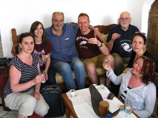 Casa Veneta : Stavros welcoming us with Raki