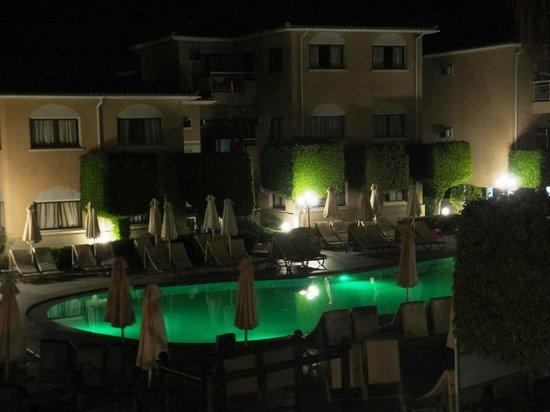 The King Jason Paphos: Main pool at night