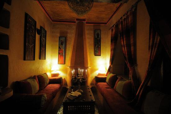 Riad basma hotel marrakech maroc voir les tarifs 8 for Salon zen rabat tarifs