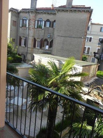 Hotel La Pergola di Venezia: Jardin
