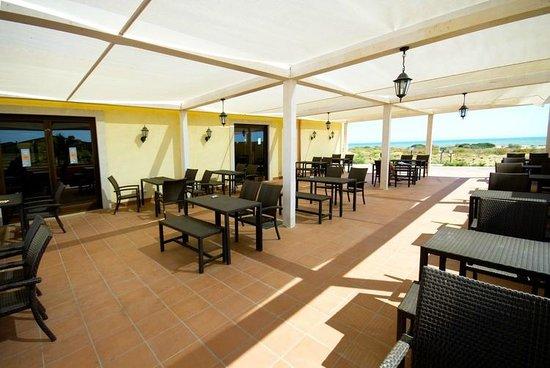 Marina di Butera, Italien: I tavoli all'aperto