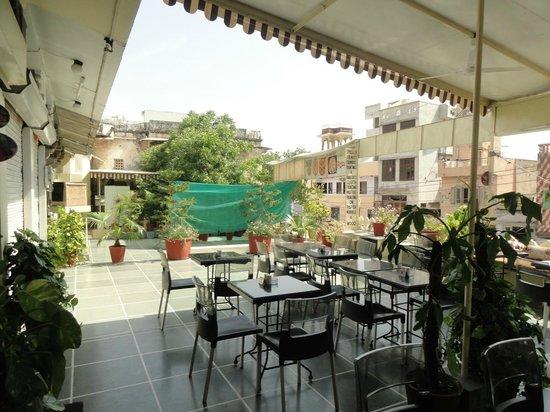 Restaurant Gateway: Gateway restaurant - Sitting area