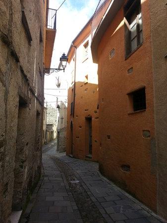 Seui, Italy: via san giovanni, nella parte alta del paese
