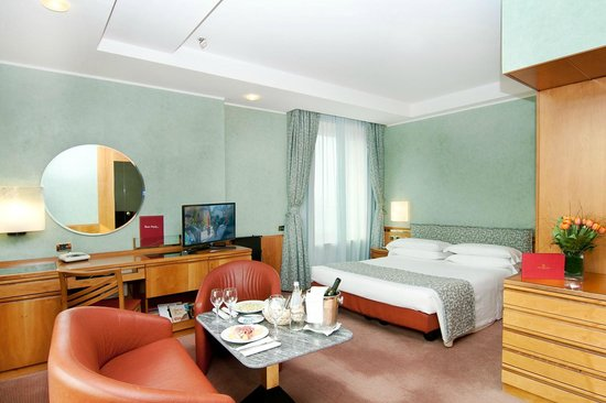 Michelangelo Hotel: Double Room with Spa Bath