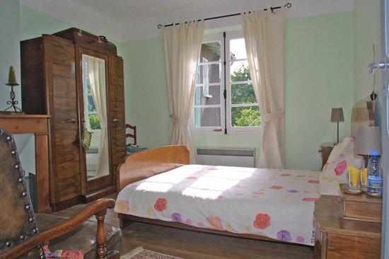 Serres-sur-Arget, Frankrike: Double room (2)