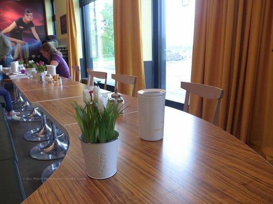 MEININGER Hotel Frankfurt/Main Airport: Breakfast room