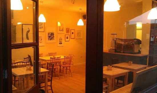 The Little Corner Kitchen: Open until early evening
