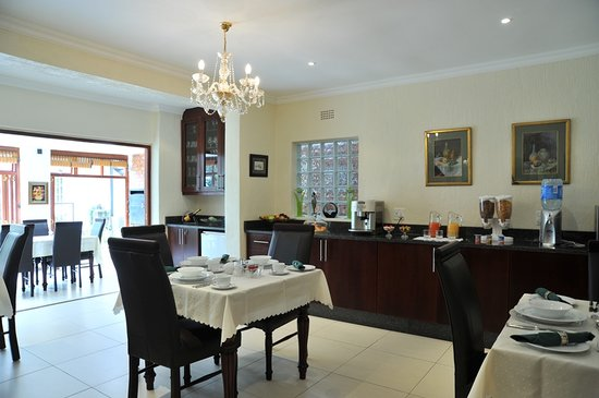 Gallo Manor Country Lodge: Breakfast area