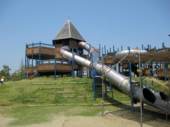 Enshunada Kaihin Park: 北地区の遊具
