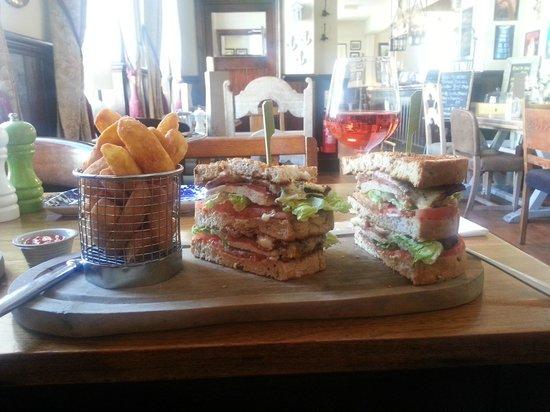 The Swan Hotel: Massive club sandwich