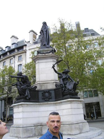 FabuLondon Tours & Walks
