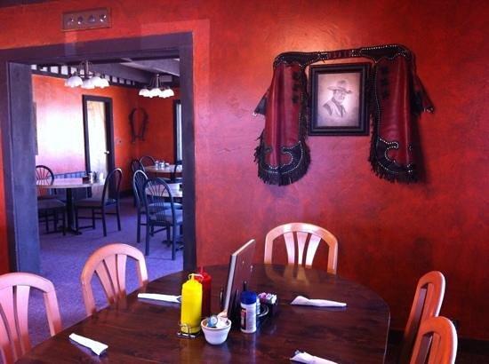 Duke's SlickRock Grill: salle