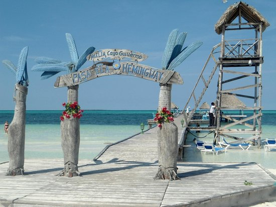 Melia Cayo Guillermo : Pier which you can fish off of