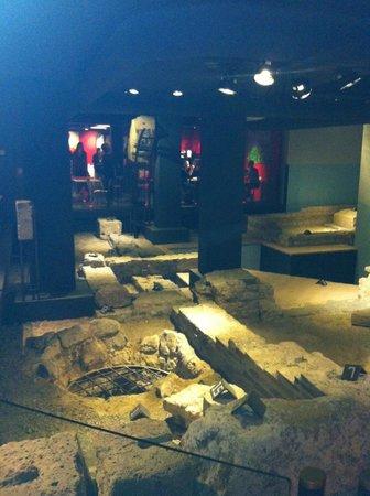 Derlon Hotel Maastricht: Ontbijtzaal/Romeinse opgravingen