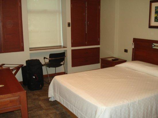 Victoria Regia Hotel & Suites: HABITACIÓN SIMPLE
